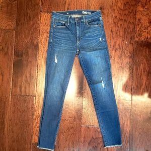 Gap Skinny Ankle Jeans size 26